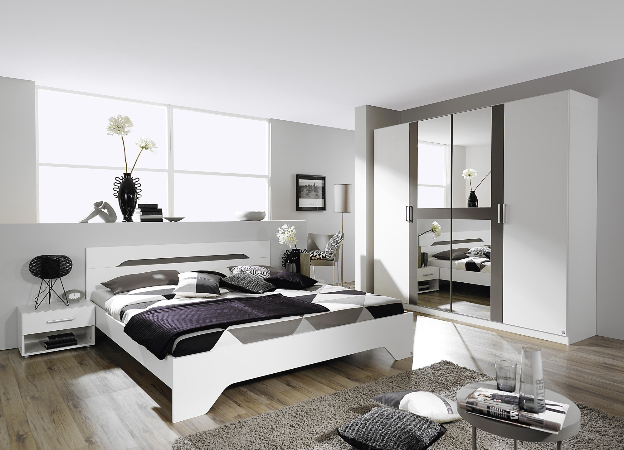 dcorer une chambre adulte fabulous decorare con i vecchi manichini decorer une petite chambre. Black Bedroom Furniture Sets. Home Design Ideas
